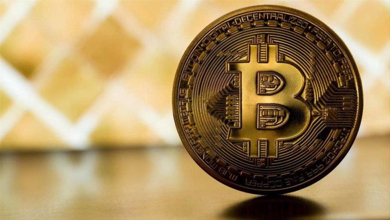 от чего зависит курс криптовалют