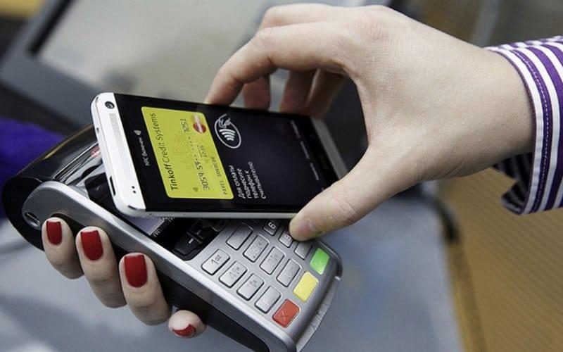 привязать карту Сбербанка к телефону для бесконтактной оплаты