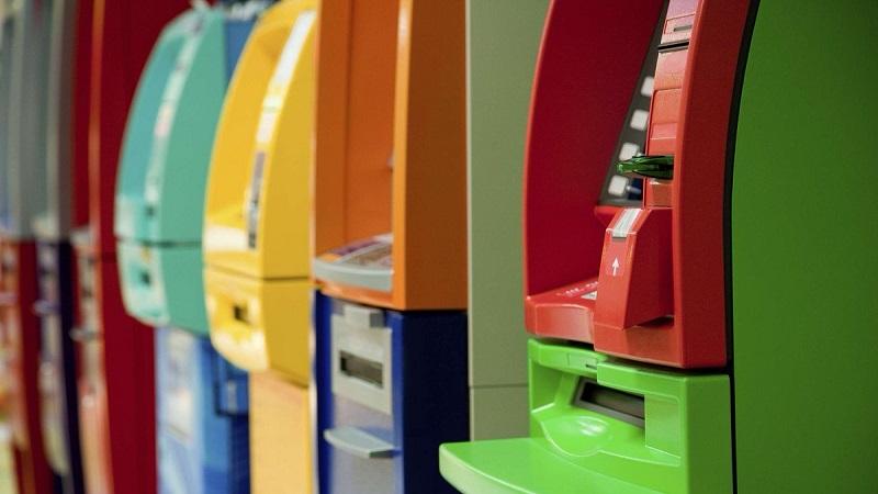 Совкомбанк снятие наличных без комиссии в каких банкоматах