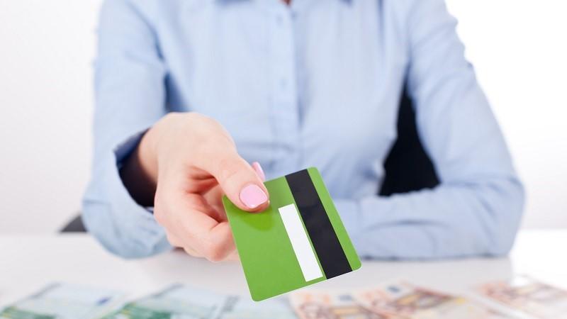 Получение кредитной карты Совкомбанка